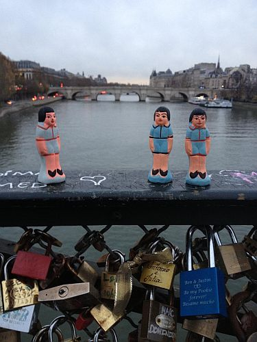 pont des arts paris ex voto cadenas amour love lock calcutta india pont neuf